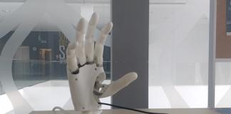 Bioniczna proteza ręki MINDHAND